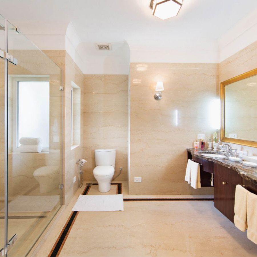 SkyVilla - Bathroom